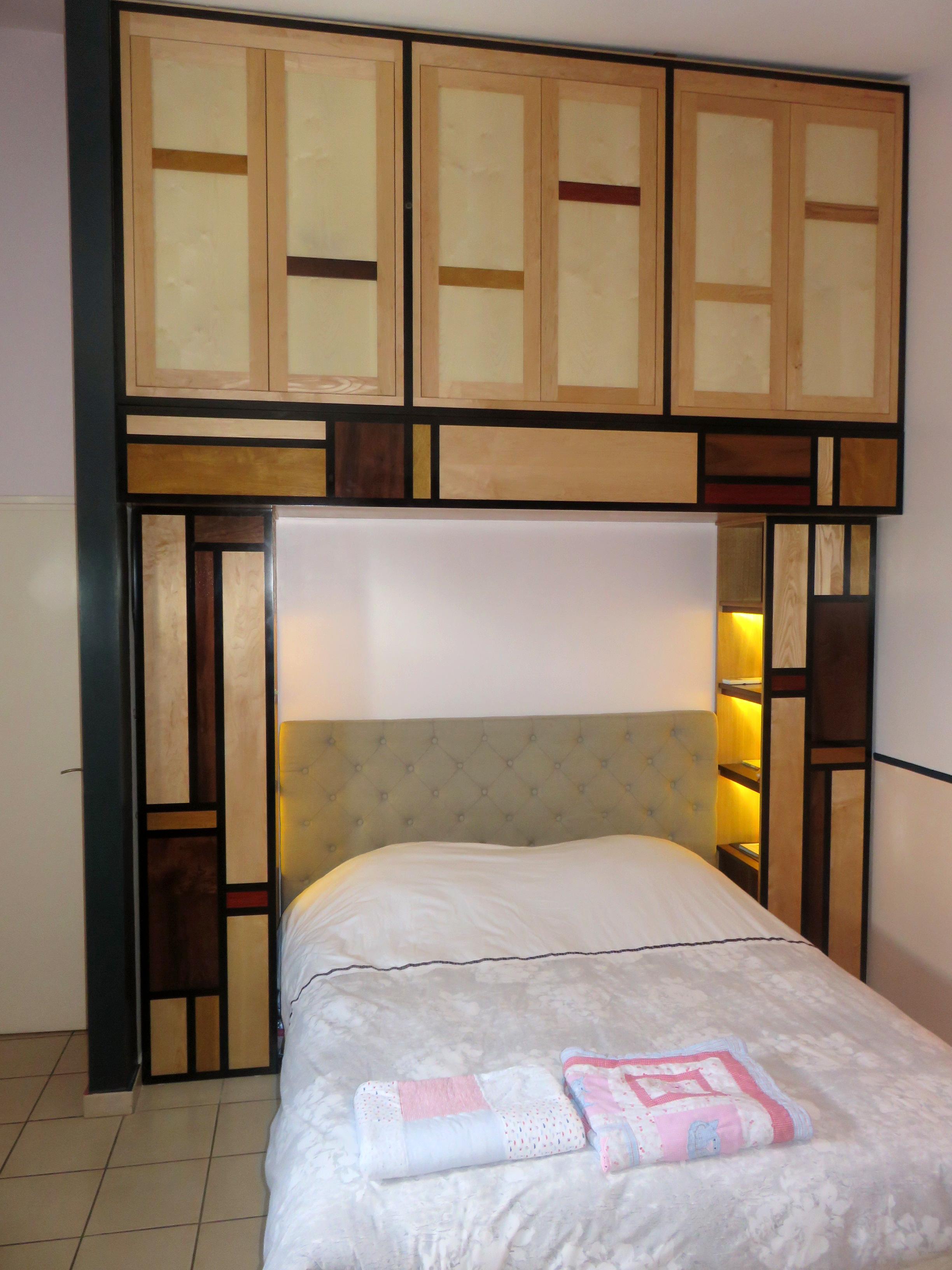 ébéniko - Placard de chambre façon Mondrian